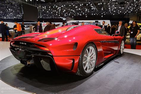 koenigsegg illinois 1 500 hp koenigsegg regera burnout no gearbox