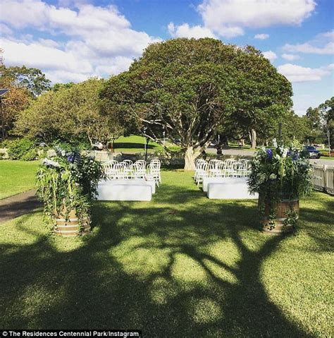 paradise gardens cottages tim robards and heinrich wedding venue park wstale