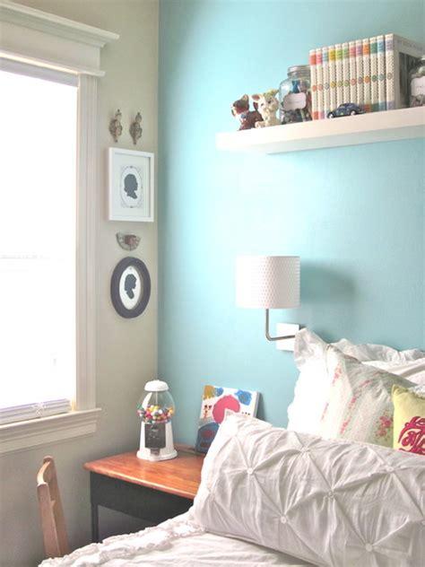 girls bedroom  light blue feature wall interiors