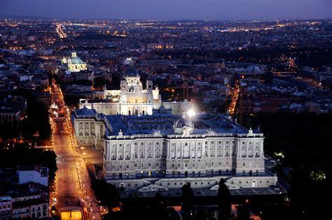 quince lugares magicos de espana  disfrutar de una  mil noches en