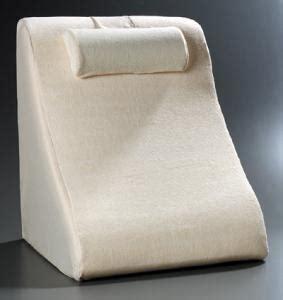 br2500bw betterrest deluxe memory foam bed wedge jobri jobri deluxe lumbar memory foam cushion 15 quot x 13 quot