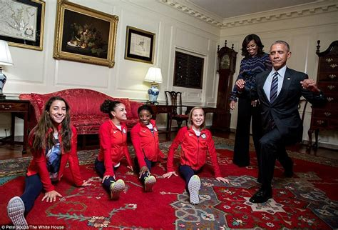 President Obama House by Barack Obama Welcomes Olympic Heroes To The White House Daily Mail