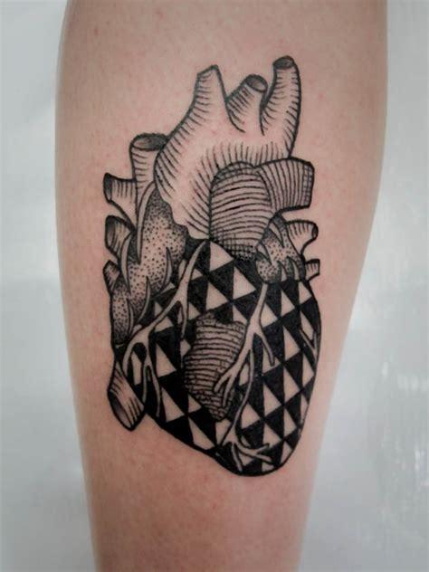 heartbeat tattoo shop tattoofriday covil tattoo follow the colours