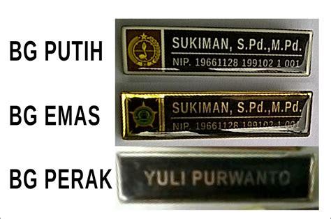 Pin Resin Mandiri 1 desain percetakan kemasan papan nama dada surabaya