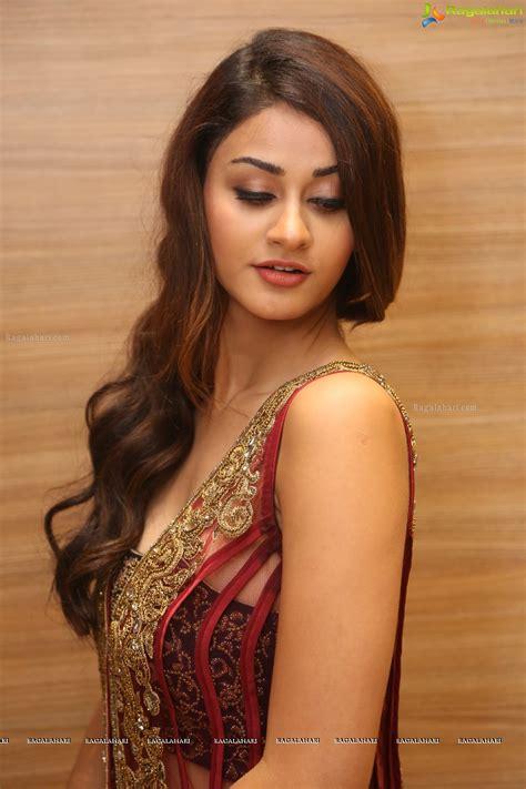 arya indian actress aditi arya image 16 telugu actress images photoshoot