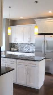 Gray Kitchen With White Cabinets by 25 Best Ideas About Grey Countertops On Pinterest Gray