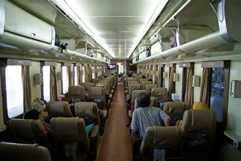 Kursi Eksekutif 7 tips memilih kursi kereta api saat traveling