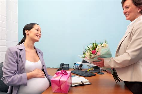 c section maternity leave when should i go on maternity leave babyprepping com
