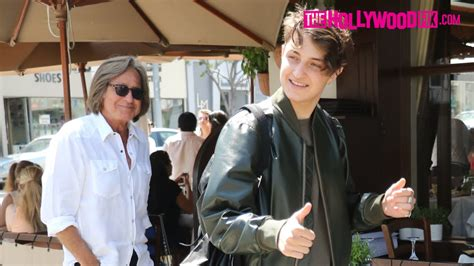 mohamed anwar hadid house anwar hadid is congratulated on his teen vogue cover at il