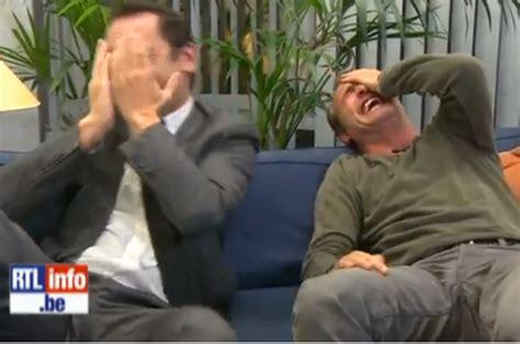 jean dujardin gilles lellouche fou rire video fou rire incontr 244 lable entre jean dujardin et
