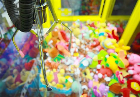 Howtobasic by How To Win From A Claw Machine Youtube