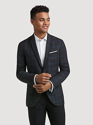 prom looks for guys prom tuxedos suits for rent men s wearhouse