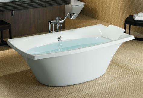 freestanding bathtubs canada 17 best images about bathtubs on pinterest bathing