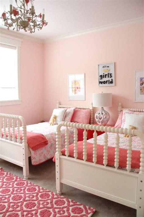 Shared Bedroom Ideas For Girls monday makeover shared little girls room