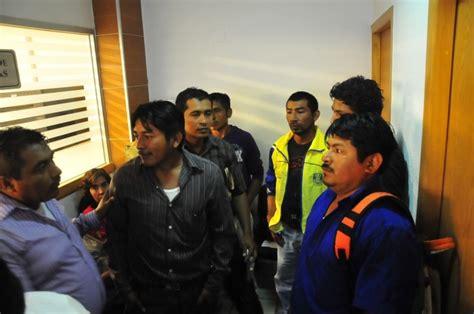 imagenes de trabajadores temporales reubicar 225 n a los 21 mil trabajadores temporales despedidos