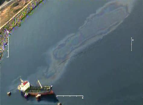 capitaneria porto catania guardia costiera individuata zona inquinata in mare