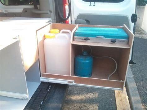 camion amenage pour cuisine 1000 id 233 es sur le th 232 me amenagement trafic sur