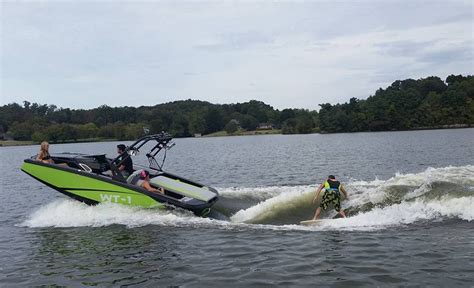 where are heyday boats made wake tractor adds 30 plus dealers since launch trade