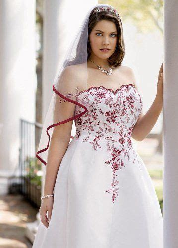 davids bridal wedding dress satin    scalloped