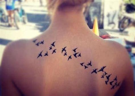 imagenes tatuajes para mujeres en la espalda imagenes de tatuajes para mujer espalda pajaros tatuajes