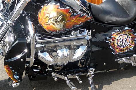 Motorradtank Lackieren Kosten by Foto Liebhaber Motorrad Mit Airbrush Motiven Vergr 246 223 Ert