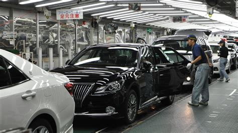 Toyota Factory Tour On Toyota Kaikan Factory Tour See Cars Being Made In