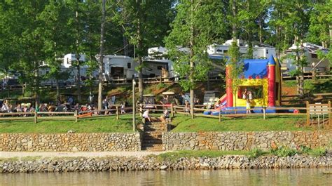 smith mountain lake premier boat rentals 17 best images about where to stay on pinterest virginia