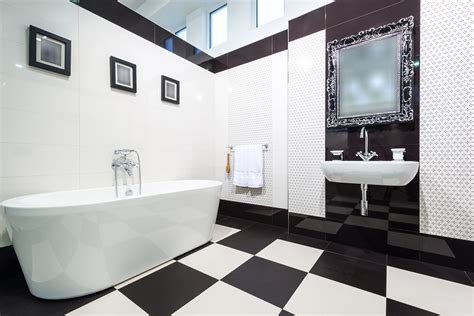 black white and bathroom decorating ideas tips on bathroom wall decor printmeposter