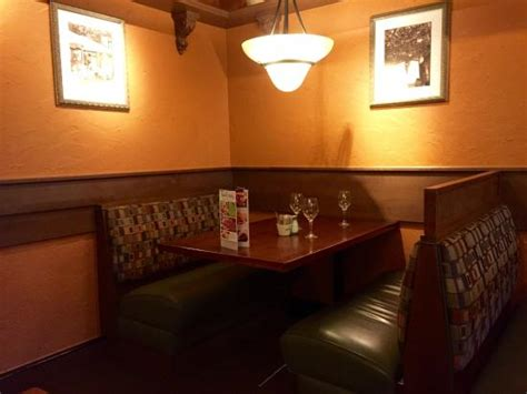 olive garden 80920 warm atmosphere with italian accents throughout picture of olive garden colorado springs