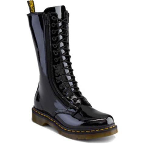 dr martens 9733 w boot black patent ler doc martens