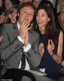 Married American Nancy Shevell Dating Mccartney Does Not Wear A Ring And Is Legally Separated From Husband by Isn T It Time To Dress Your Age Macca Sir Paul Mccartney