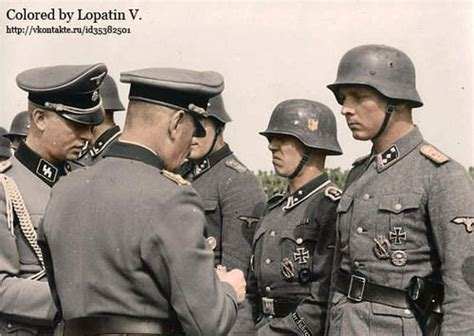 third reich color pictures waffen ss in color waffen ss medal ceremony ww2 in colour pinterest