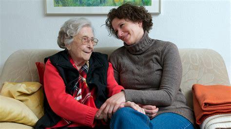 ganztagspflege zu hause zuhause alt werden mit einer 24h betreuung daheim und froh