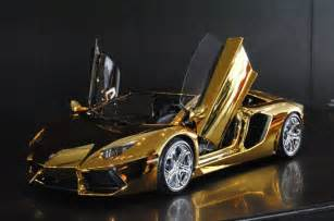 Gold Lamborghini In Dubai 7 3 Million Gold Lamborghini Aventador Awaits New Buyer