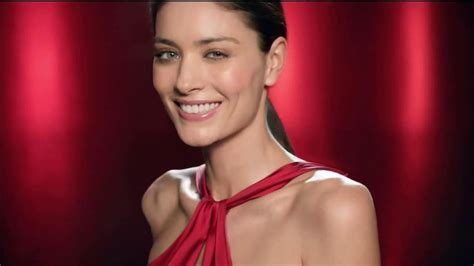 olay ageless commercial actress olay regenerist commercial model newhairstylesformen2014 com