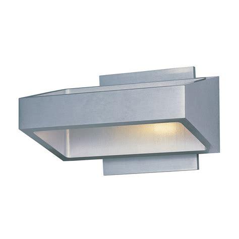 buy the e41302 sa alumilux 18 light led wall mount by