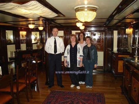cabina di comando nave a bordo della nave scuola amerigo vespucci gruppo jpg