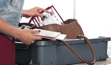 come portare un in aereo quali prodotti di bellezza possiamo portare come bagaglio