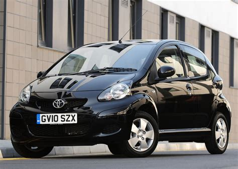 cars toyota black 2010 toyota aygo black review top speed