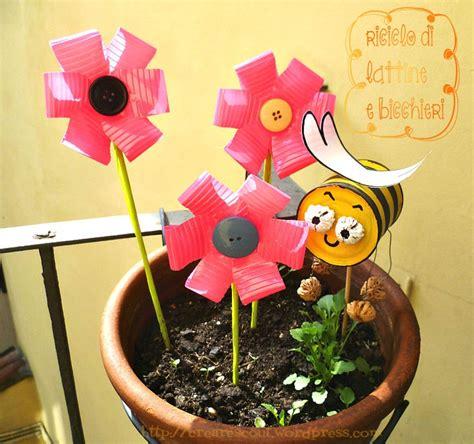 fiori con bicchieri di plastica oltre 1000 idee su fiori di plastica su