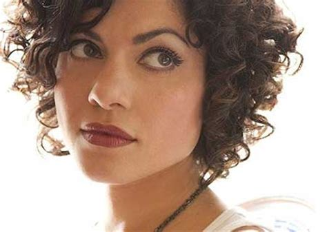 short bobs for tight curls hairstyles for curly short hair short hairstyles 2017