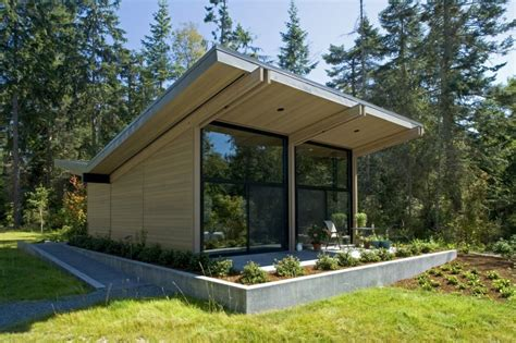 Building A Small Cabin In The Woods by Wood And Glass Cabin Home Brings Luxury To Nature Modern