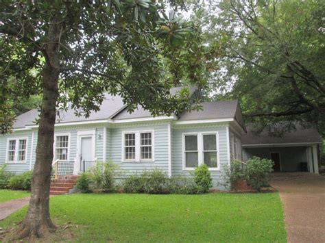 412 e center st canton ms 39046 reo home details