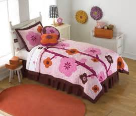Hanna quilt bedding pink quilt in twin and full queen for girls