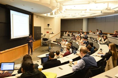 Wharton Business School Mba Class Profile by Despite Grueling Hours Consulting And Finance Keep