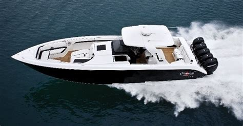 huge center console boats what s the typical size range feet of most boats with
