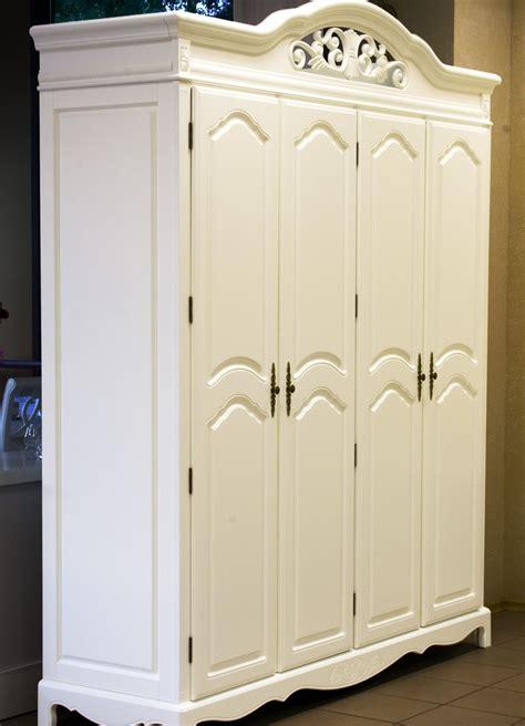 Lemari Pakaian Sliding Door 4 Pintu Hpl Coklat Kayustrip Crm Ls432 2ct harga lemari pakaian klasik 4 pintu minimalis mebel