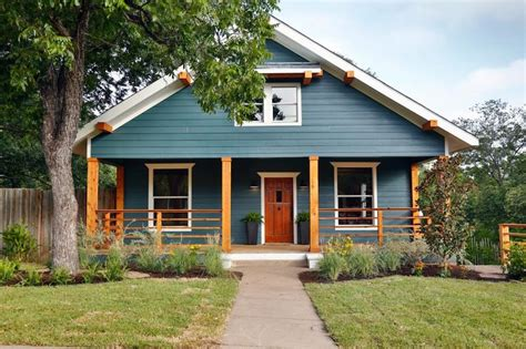 fixer a craftsman remodel for coffeehouse owners craftsman house and warm