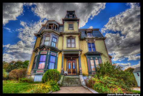 what s it like living in a haunted house zillow porchlight