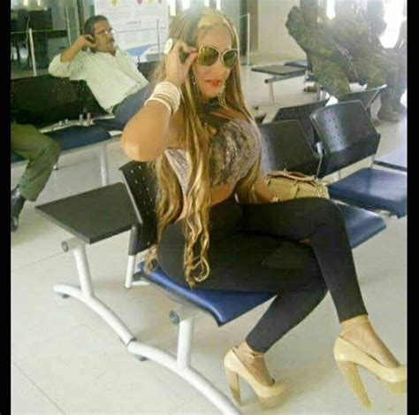 la reina de las 8490600260 yenis lugo es la reina colombiana de las cirug 237 as